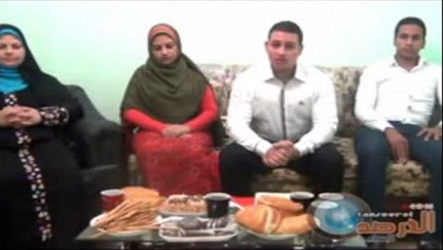أسرة مسيحية من أبوقرقاص بالمنيا تدخل الإسلام