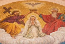 هل الله عند المسيحيين في القرآن هو: المسيح أم المسيح وأمه أم ثالث ثلاثة أم الرهبان؟