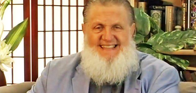 قصة إسلام المبشر المسيحي يوسف استس