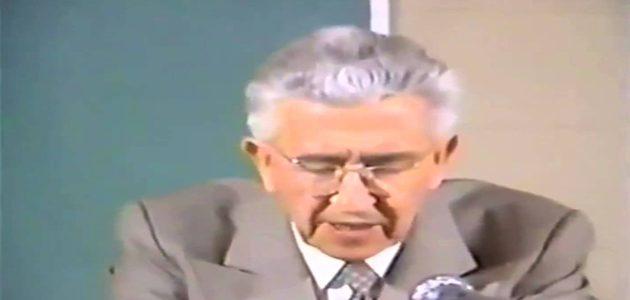 قصة إسلام الطبيبين موريس بوكاي وكيث مور