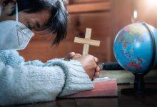مقارنة بين المنهج الإسلامي والمسيحي في التعامل مع الأوبئة والأمراض